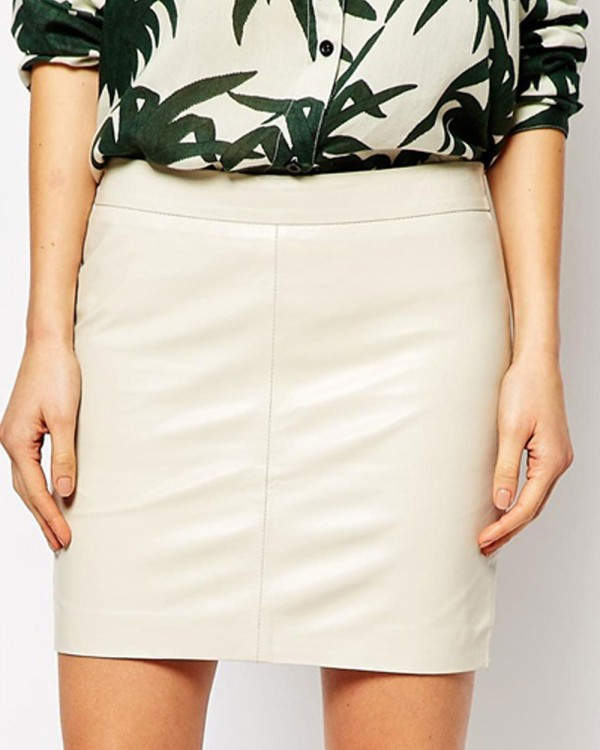 Narcissus Temptation Leather Mini Skirt
