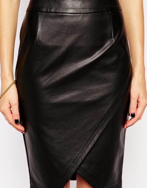 Lotus Delicacy Pencil Skirt with Wrap in Leather Look